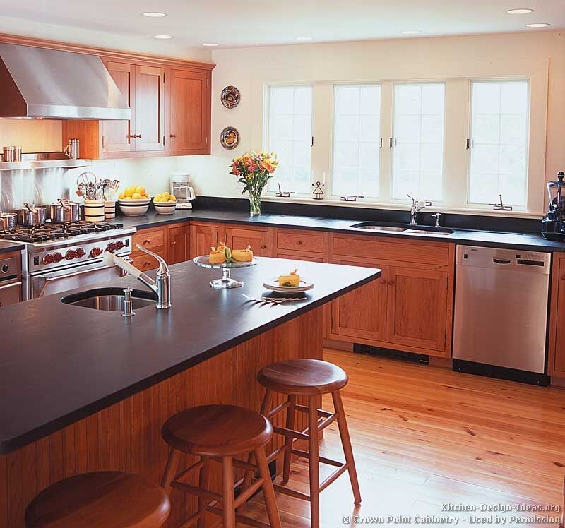 Shaker Kitchen CabinetsCrown Point Cabinetry I Think I