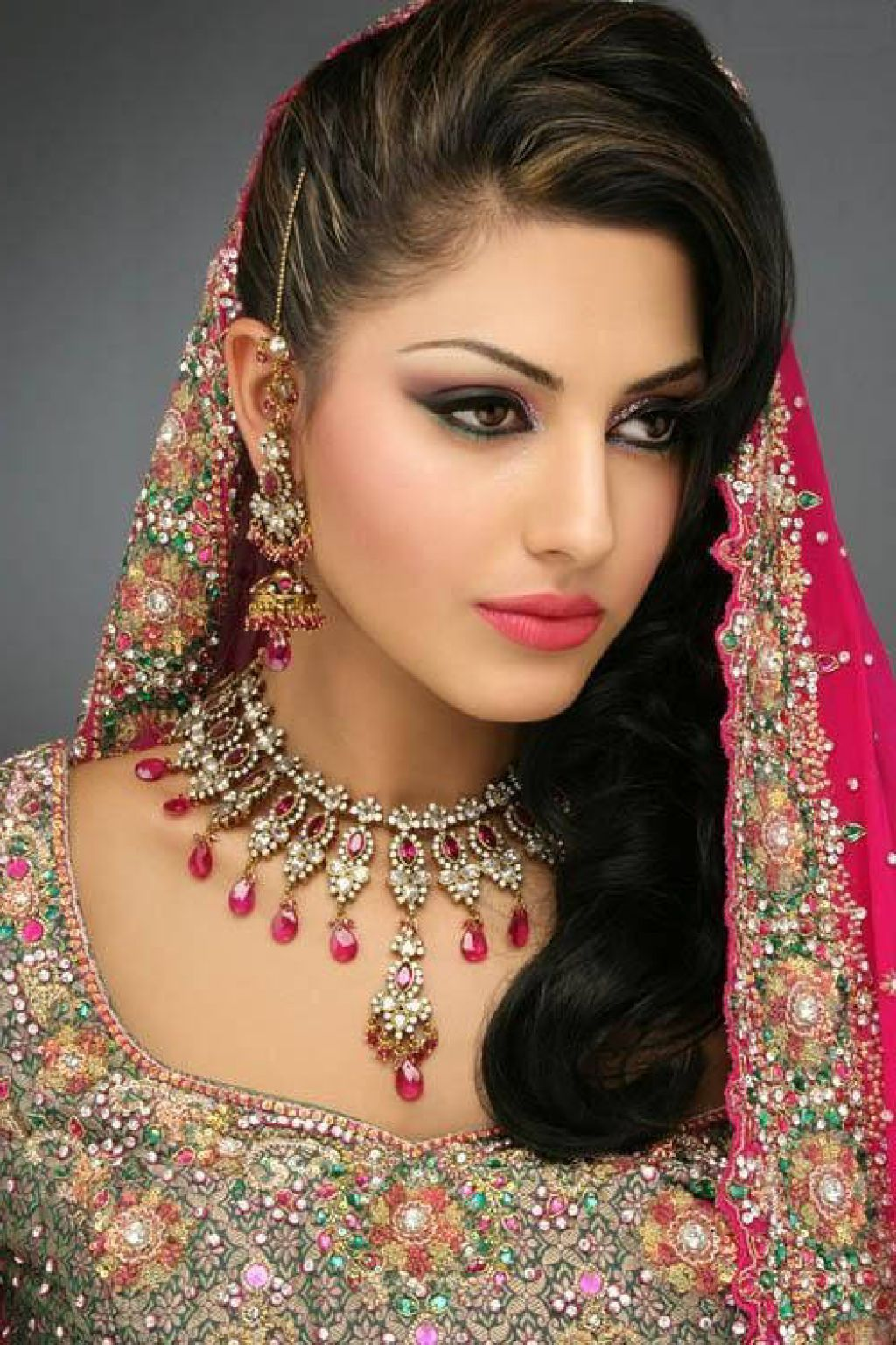 Top 10 Most Beautiful Indian Wedding Bridal Hairstyles For