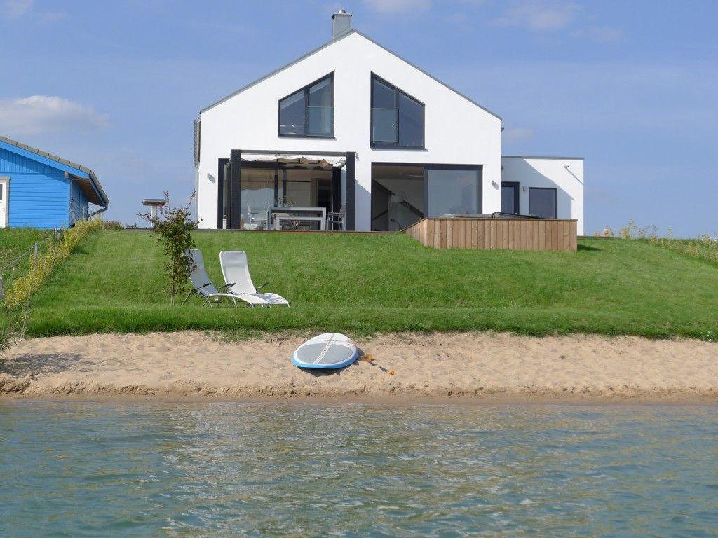 Haus am See mit Privatstrand 1 FeWodirekt Ferienhaus