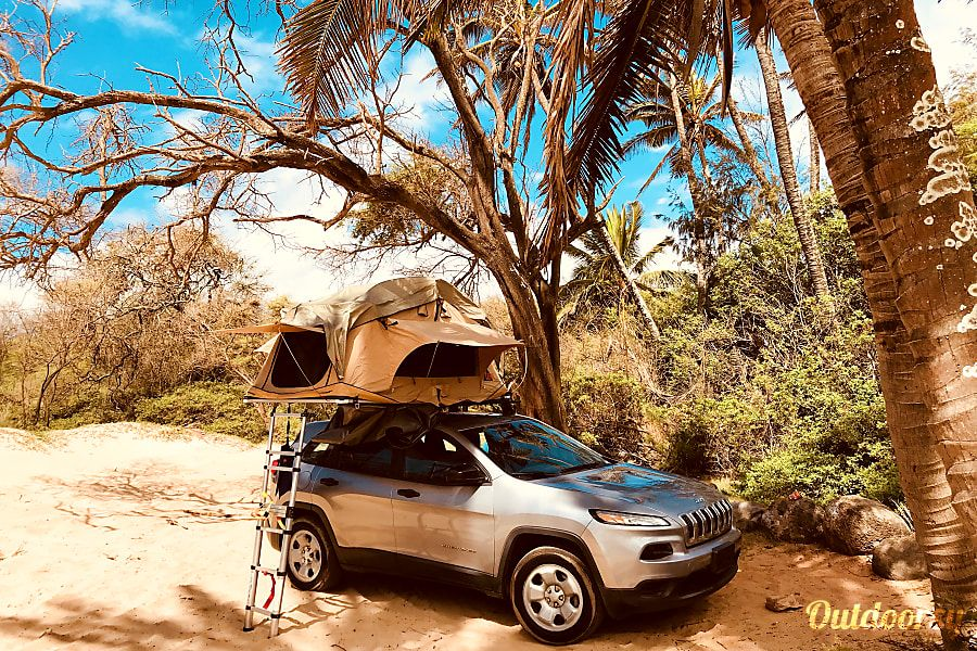 Rental 2014 Jeep Cherokee with Tepui Rooftop Tent Paia