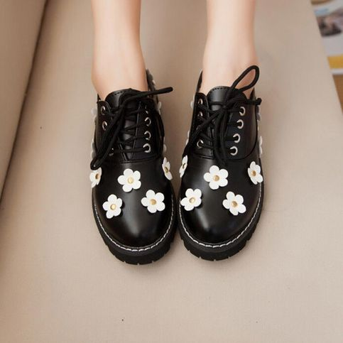Material: pu Color: black. white Size here: EU35 = 225 mm EU36 = 230 mm EU37 = 235 mm EU38 = 240 mm EU39 = 245 mm  Tips:  *Please double check above size and consider your measurements before ordering, thank you ^_^  more women fashion items,please visit:  http://womenfashion.storenvy.co