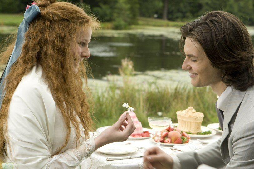 Dorian Gray (2009) Starring: Rachel Hurd-Wood as Sibyl Vane and Ben Barnes as Dorian Gray. Gray meets and falls in love with young budding actress Sibyl Vane.