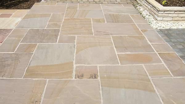 Sunset buff indian sandstone for sidewalk landscaping for Paving planner