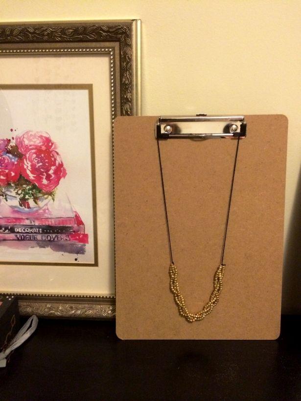 Crafty Collegiette: Braided Necklace