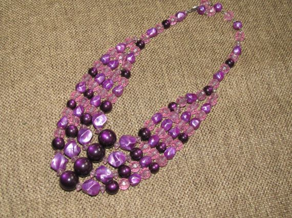 Glass bead necklace. $25.00, via Etsy.