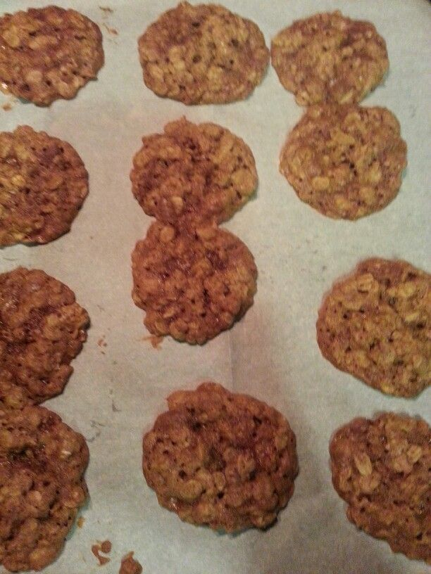 Oatmeal cookies with Heath toffee bits