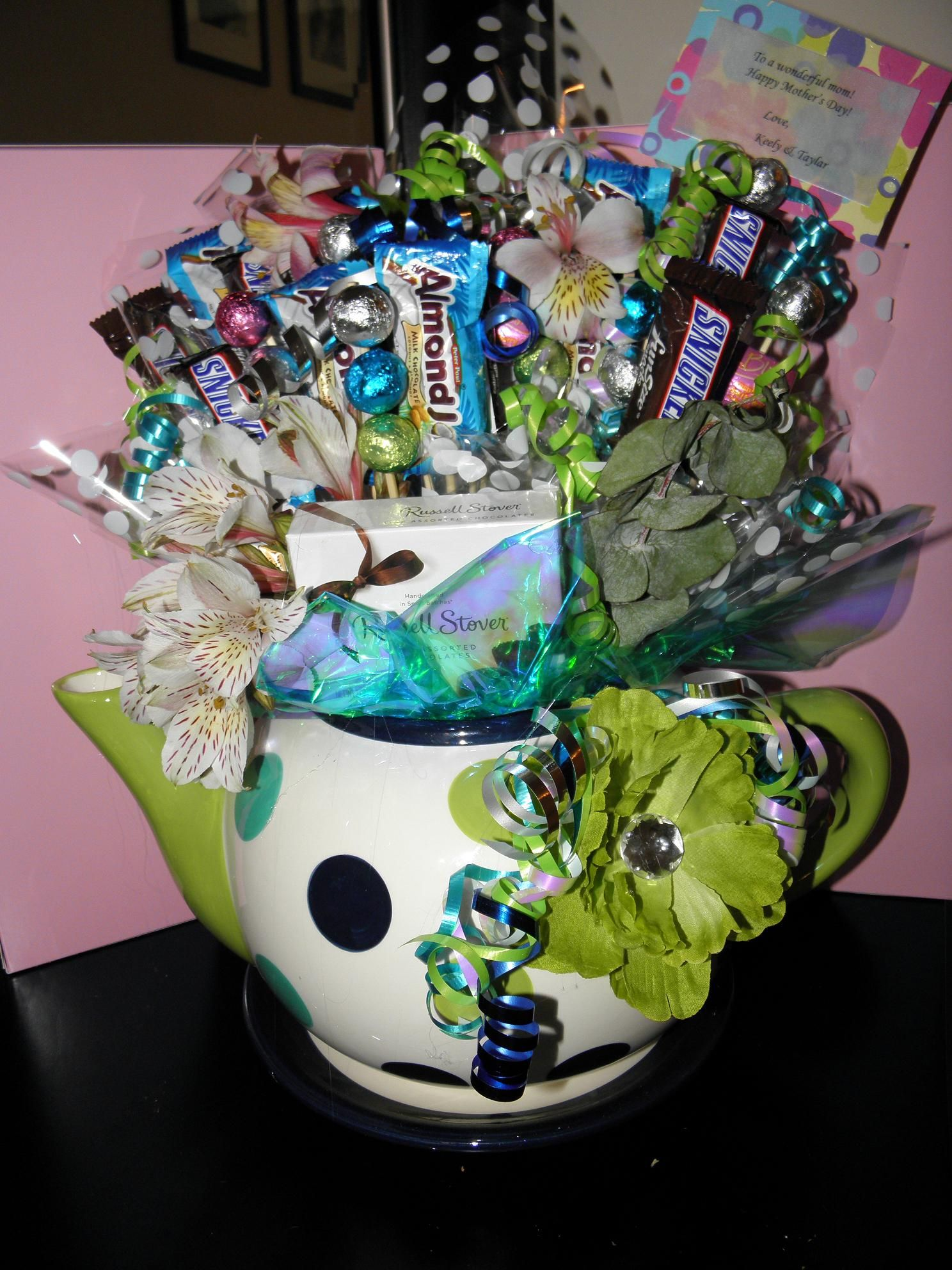 mothers day candy bouquet.... MY FAVORITE, I love tea pots ...