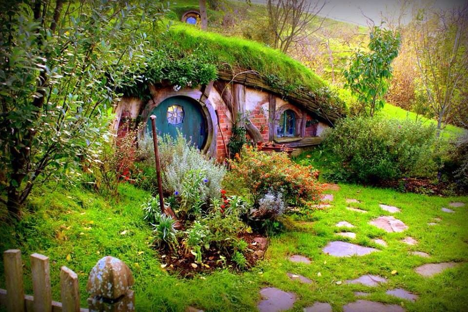 The shire | LOTR/The Hobbit obsession | Pinterest