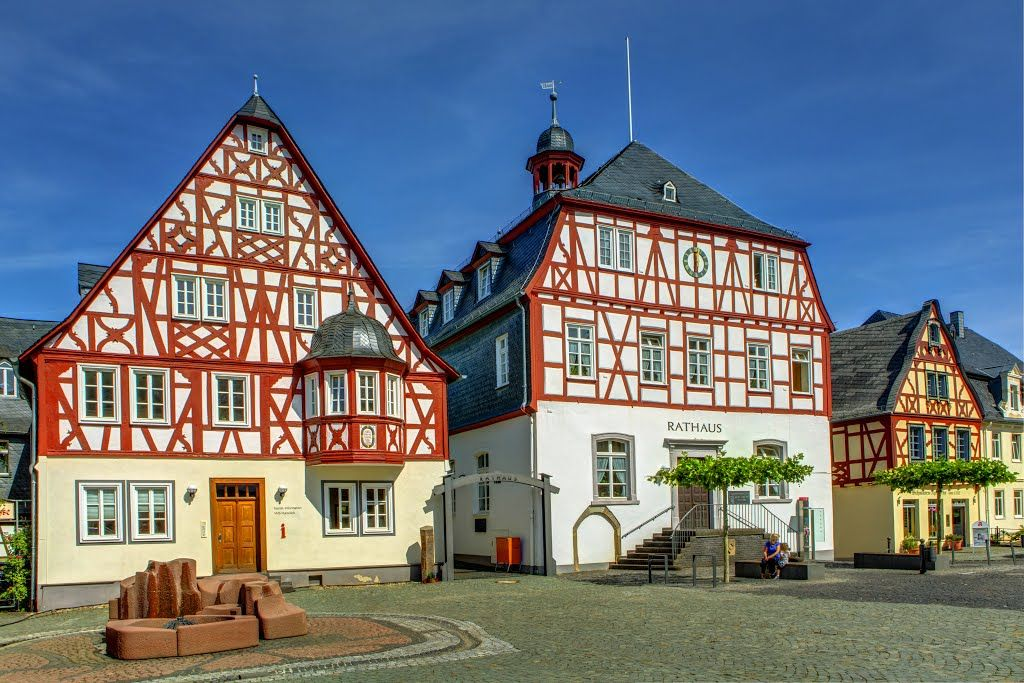 Panoramio Photo Of Schone Fachwerkhausergruppe Kirchberg House Styles Mansions House