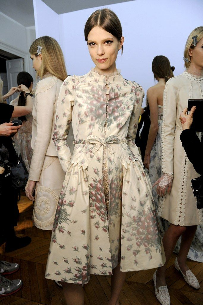 Valentino Spring 2012 Couture Fashion Show Beauty