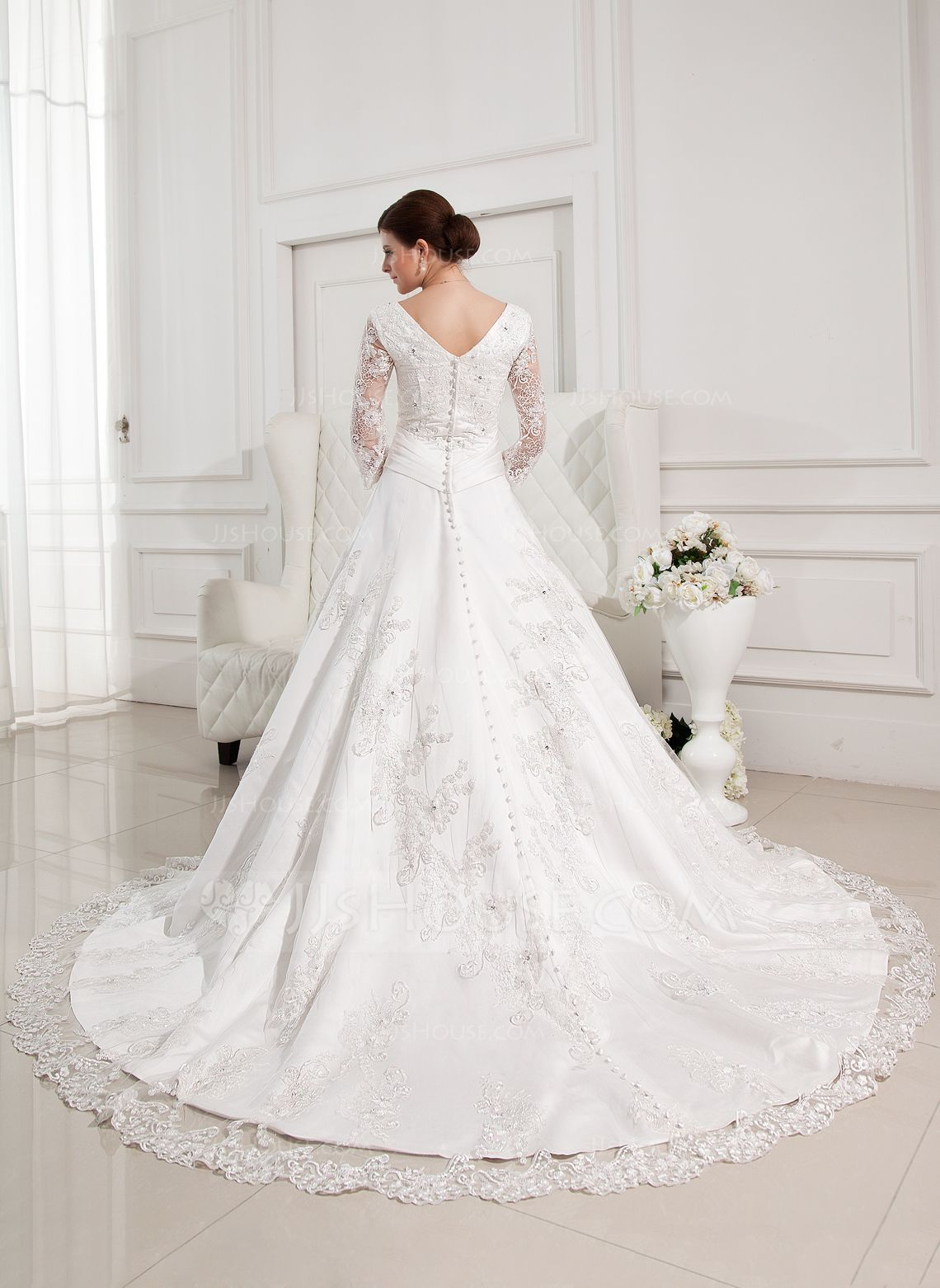 Ballgown vneck chapel train satin wedding dress with beading