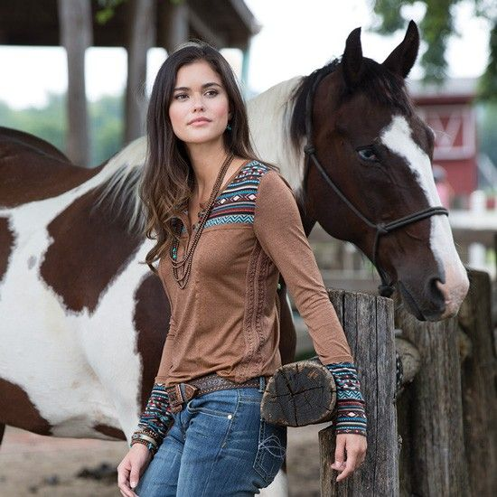 What are some popular styles from Rod's Western Wear?