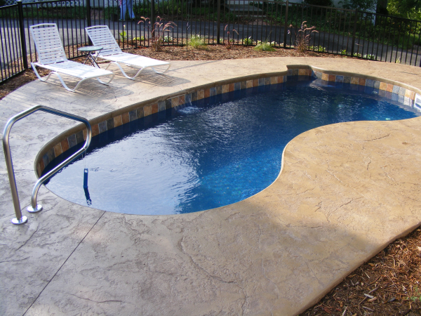 What Is The Best Small Pool Design For A Small Yard Small Backyard Pools Small Inground Pool Small Pool Design