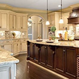 Choosing the Perfect Kitchen Cabinet Door Style Countertop