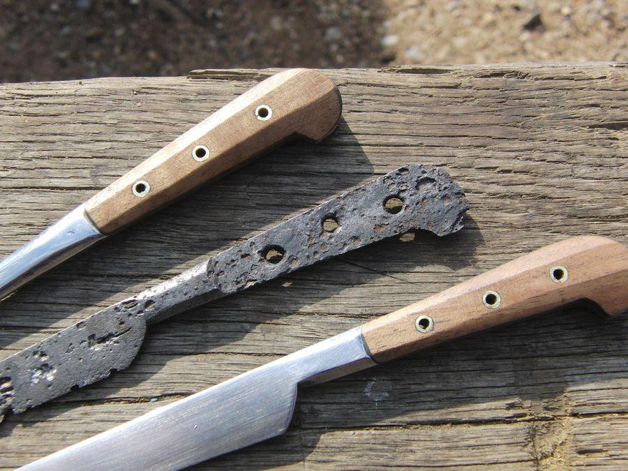 Eysenkleider - - hist. Messer