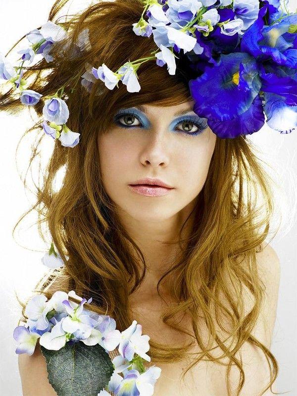 femmes avec des fleurs portrait eyes pinterest fleur femmes et la couronne. Black Bedroom Furniture Sets. Home Design Ideas