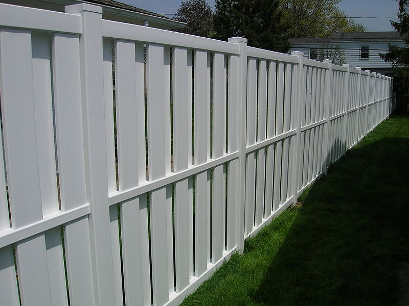 Vinyl Board On Board Shadow Box Privacy Fence By Elyria Fence Vinyl Privacy Fence Shadow Box Fence Fence Design