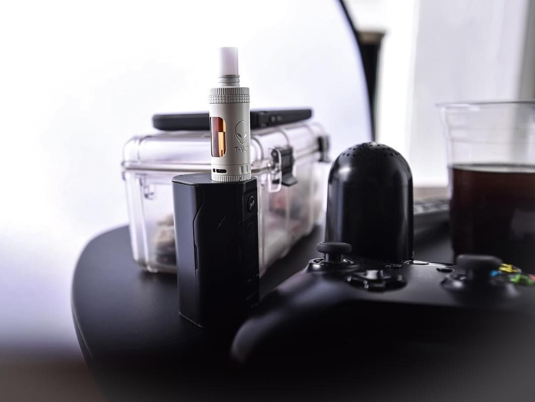 Vaping and gaming living that Vape life!!! Hit us up today at Vapes.com!!!