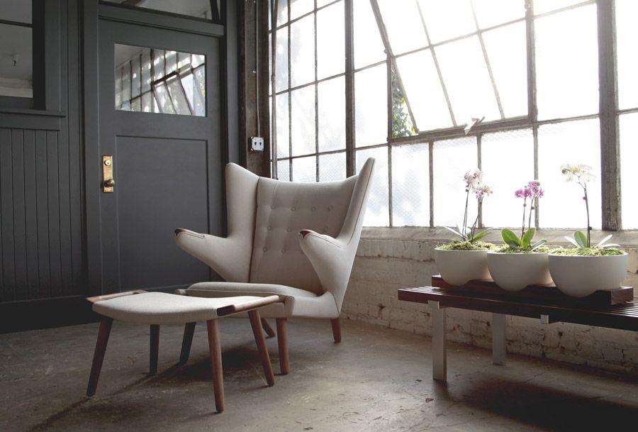 Papa Bear Chair: Original Hans J. Wegner Design   Modernica