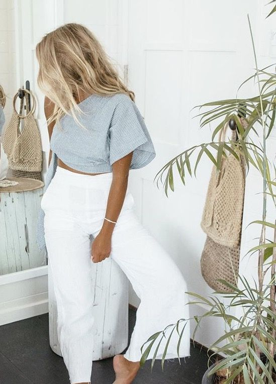 The perfect pair of white wide leg denim