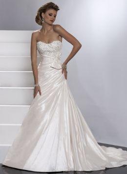 Elegant and simple  Geena Maggie Sottero