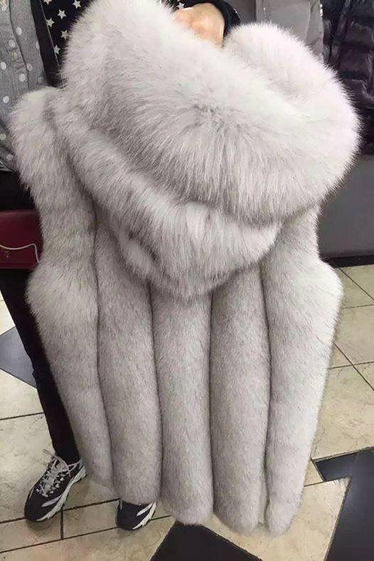 on sale 39358 1498e Ciao ragazze, vi piace in bianco silver? Solo pelliccia ...