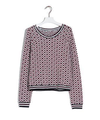 T-shirt textured sweater - Shirt met lange mouwen, uitgevoerd in een jacquardgebreide viscosemix met reliëf. Het model is afgeleid van de klassieke sweater en is voorzien van sportieve ribboorden aan de hals, mouwen en onderkant.