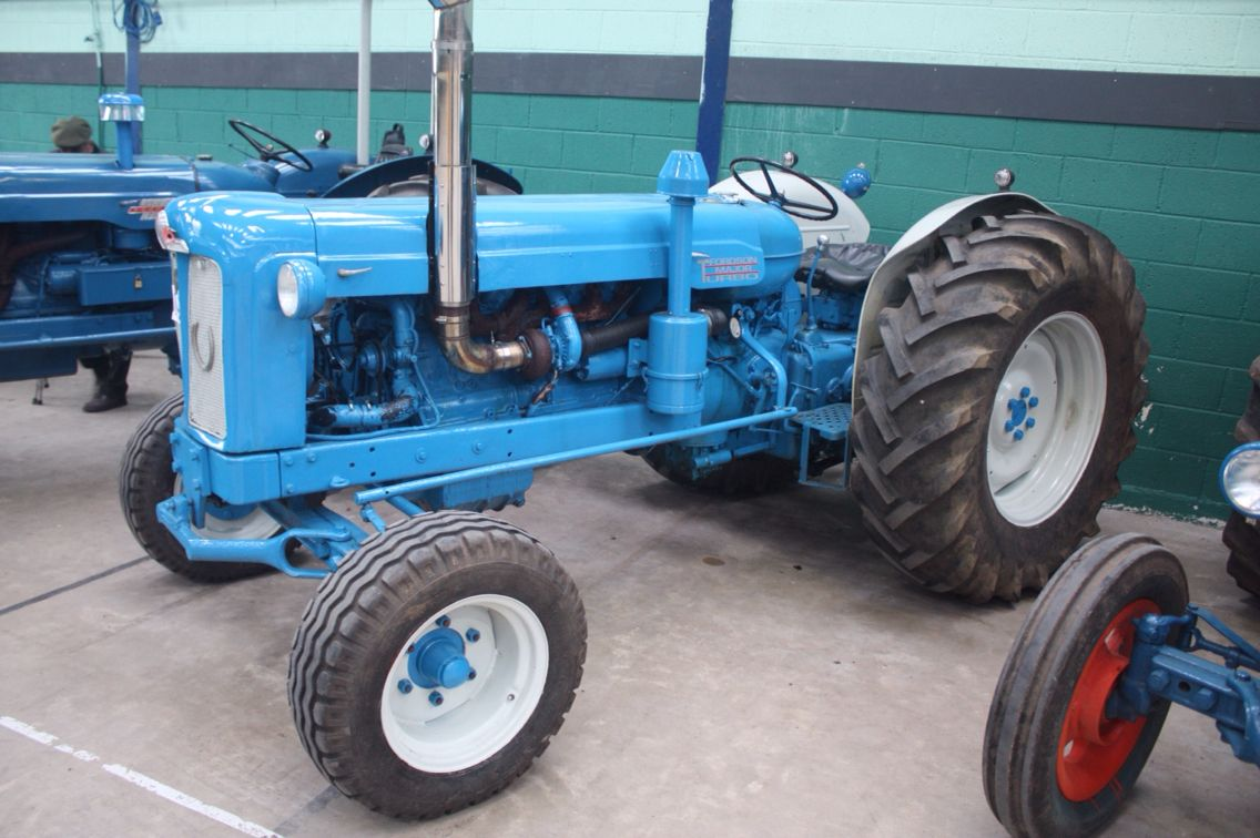 fordson tractor that chrome stack makes all the. Black Bedroom Furniture Sets. Home Design Ideas