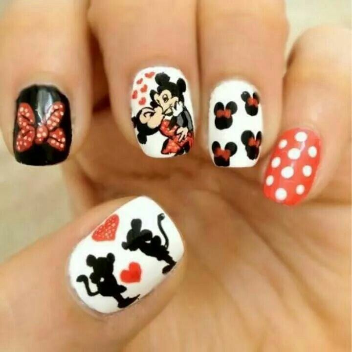 Mickey and Minnie mouse nails. | Nails <3 | Pinterest | Minnie mouse ...