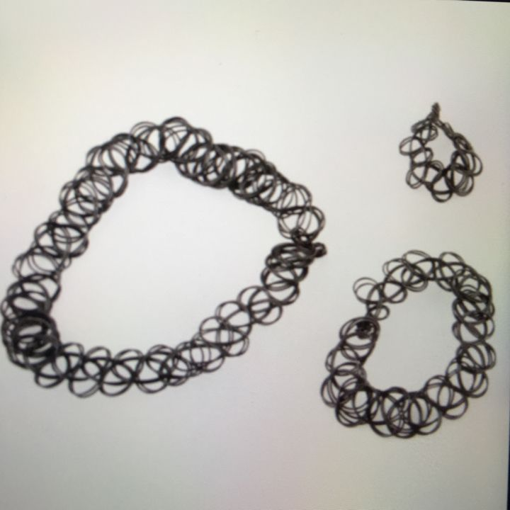 I just listed Choker black 1 set =… ($3) on Mercari! Come check it out! http://item.mercariapp.com/gl/m308337232