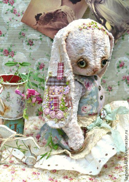 """Мишки Тедди ручной работы. Ярмарка Мастеров - ручная работа Плюшевая зайка """"Мэгги"""". Handmade."""
