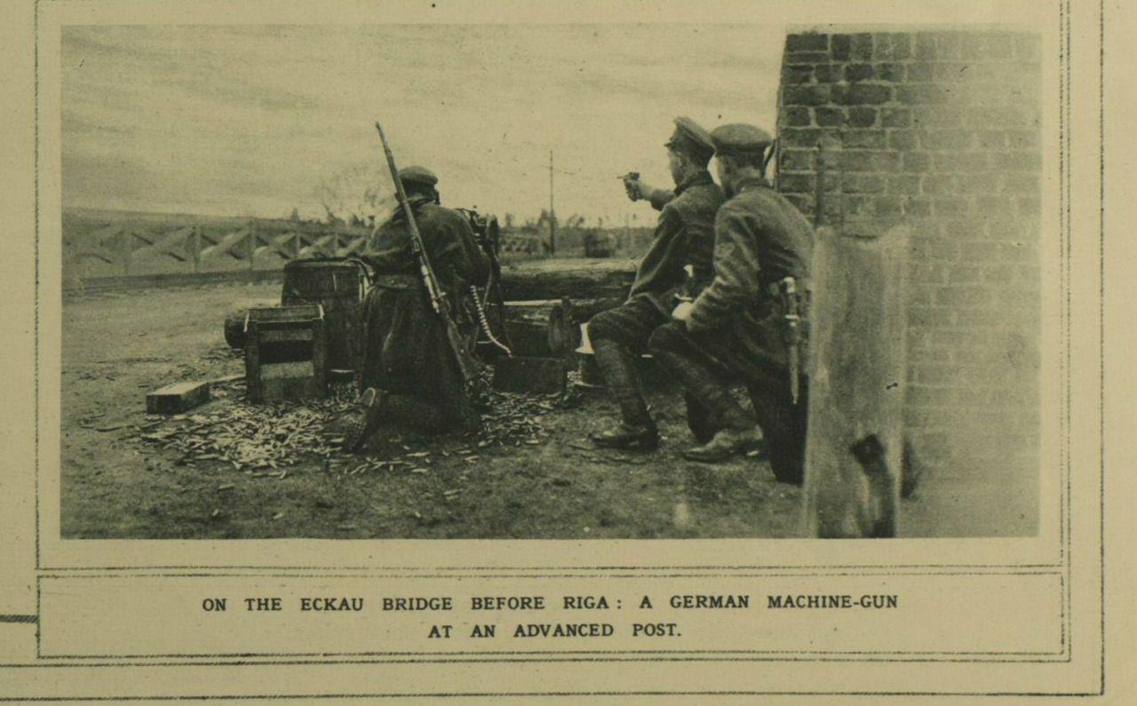A German machine-gun post outside Riga.