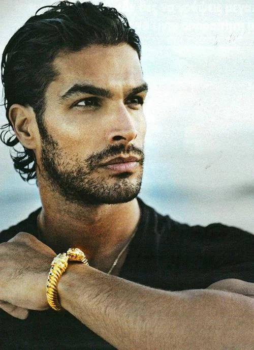 Испанские модели мужчины глинская лиза сайт