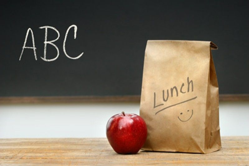 Brown Bag Lunch Fund by Melissa Young-Bergerson - GoFundMe help raise money for school lunch and breakfast for kids that are denied a nutritious lunch due to parents not being able to pay.