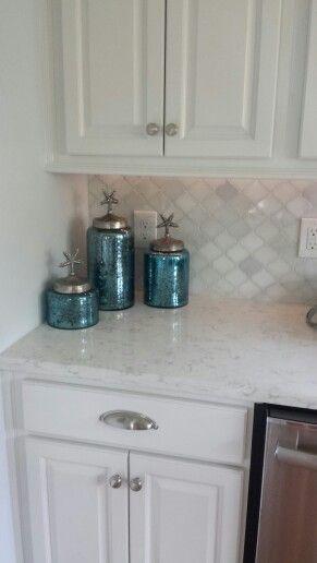 Kitchen Backsplash Arabesque Marble Tile With Images Kitchen