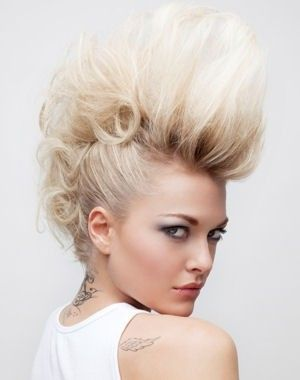 Pin By Melissa Pearson On Beautiful Mohawk Hairstyles For Women Mohawk Hairstyles Hair Styles