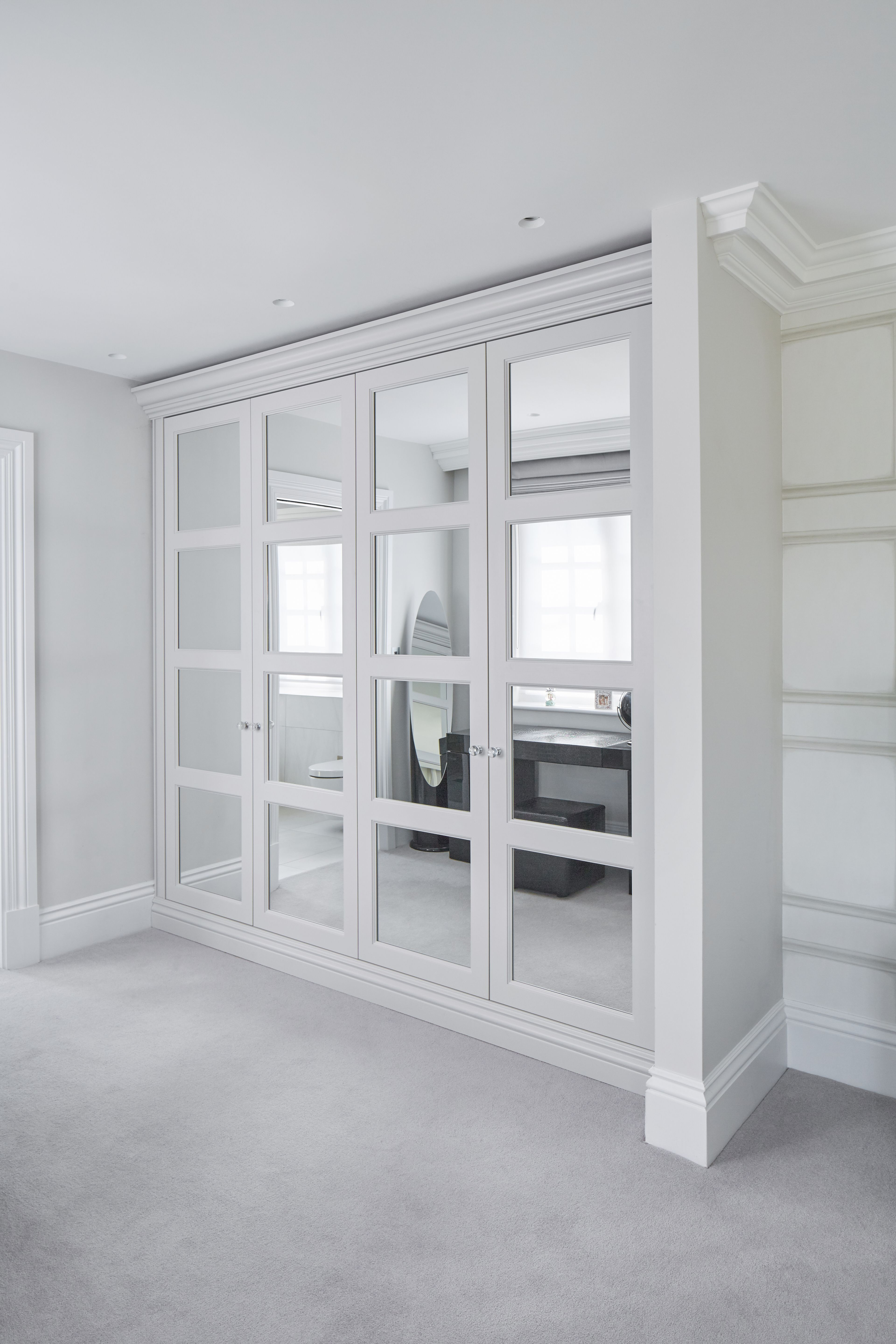 For luxury mirrored fitted bedroom wardrobes, discover The Heritage Wardrobe Company.