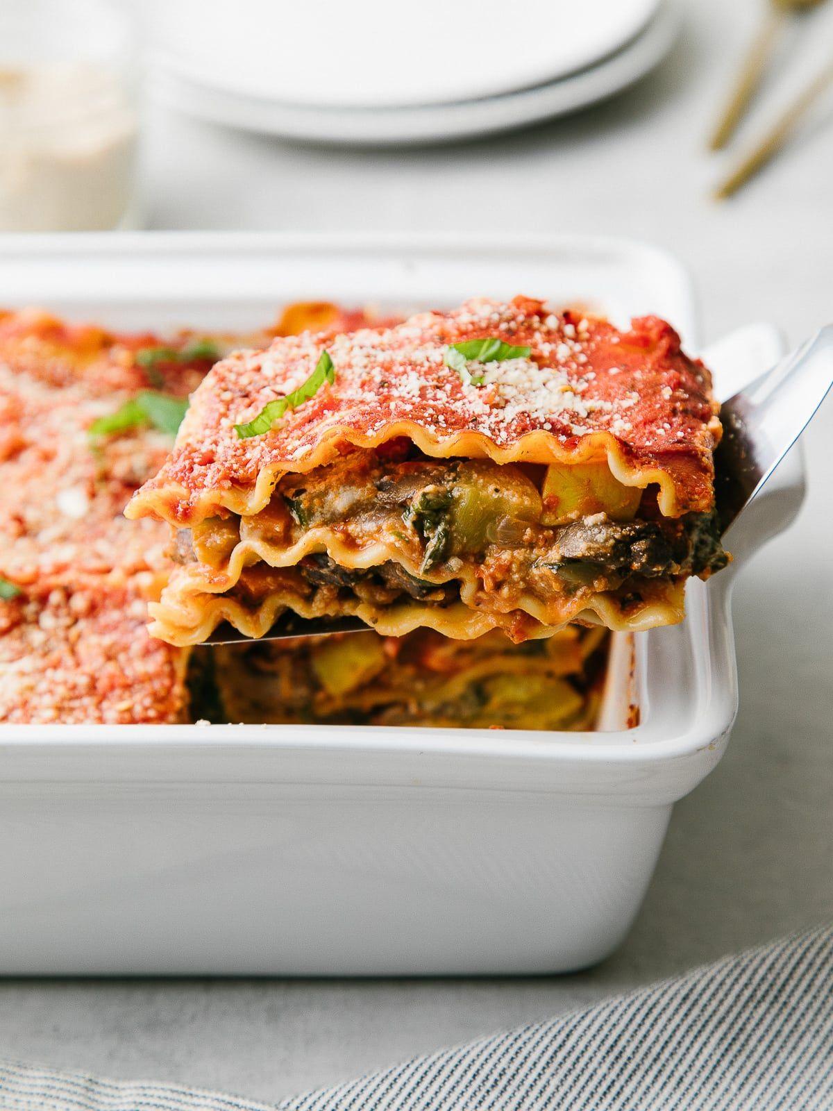 Best Vegan Lasagna Ws The Simple Veganista Vegetable Lasagna Recipes Vegan Lasagna Vegan Recipes Easy