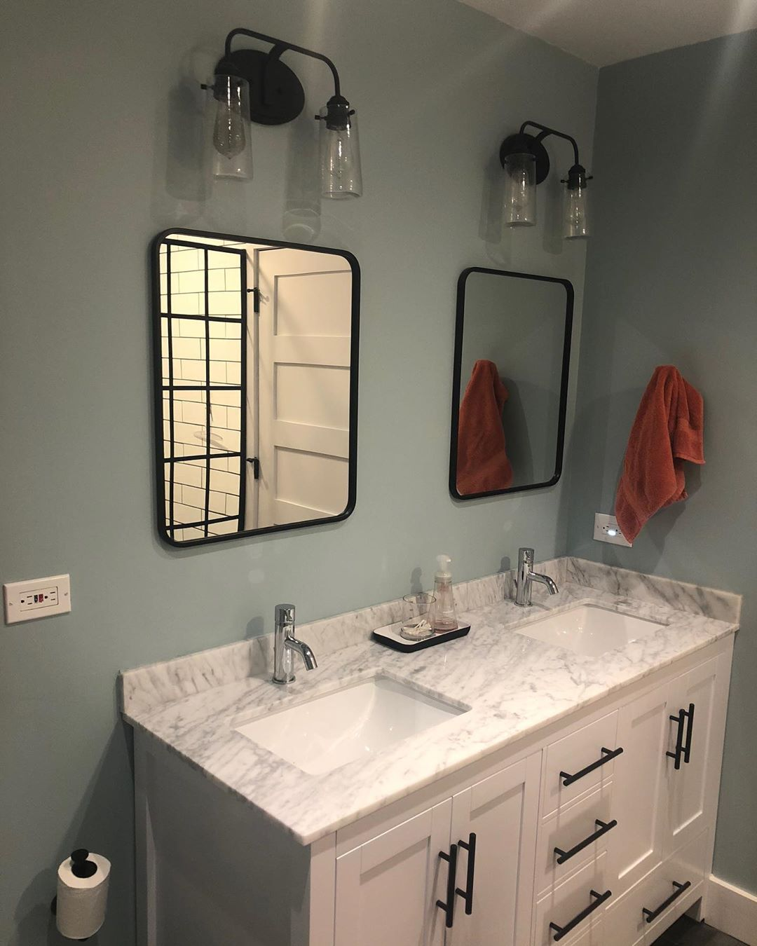 Check It Out This Lovely Bathroom Remodel Is Topped Off With Target S Project 62 Metal Framed Wall Mirrors 39 99 Each Looks Beautiful