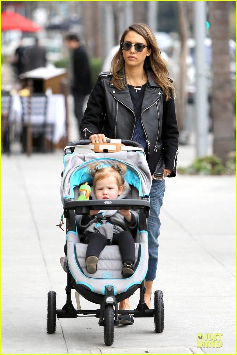 Jessica Alba heads out with her daughter Haven on January