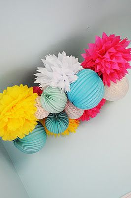 Lanterns, pom poms & lace! I want to do this in the playroom