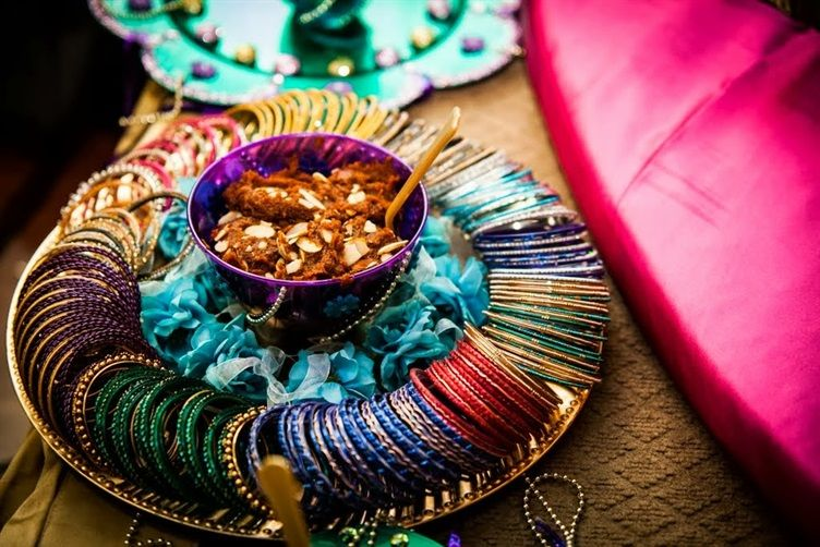 Mehndi Day Decoration : The essential guide to hindu weddings food and desserts