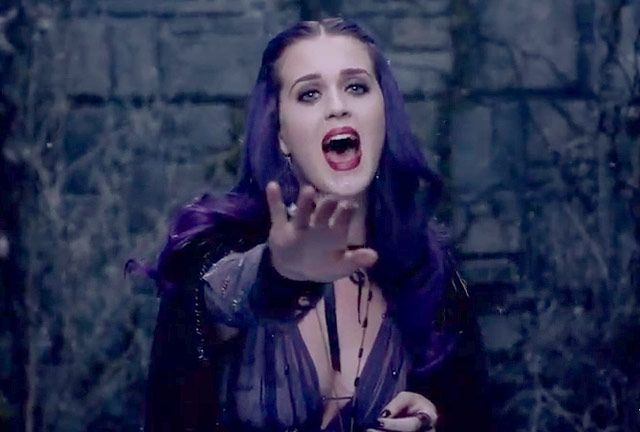 Katy Perry S Video Looks Katy Perry Songs Katy Perry Celebs