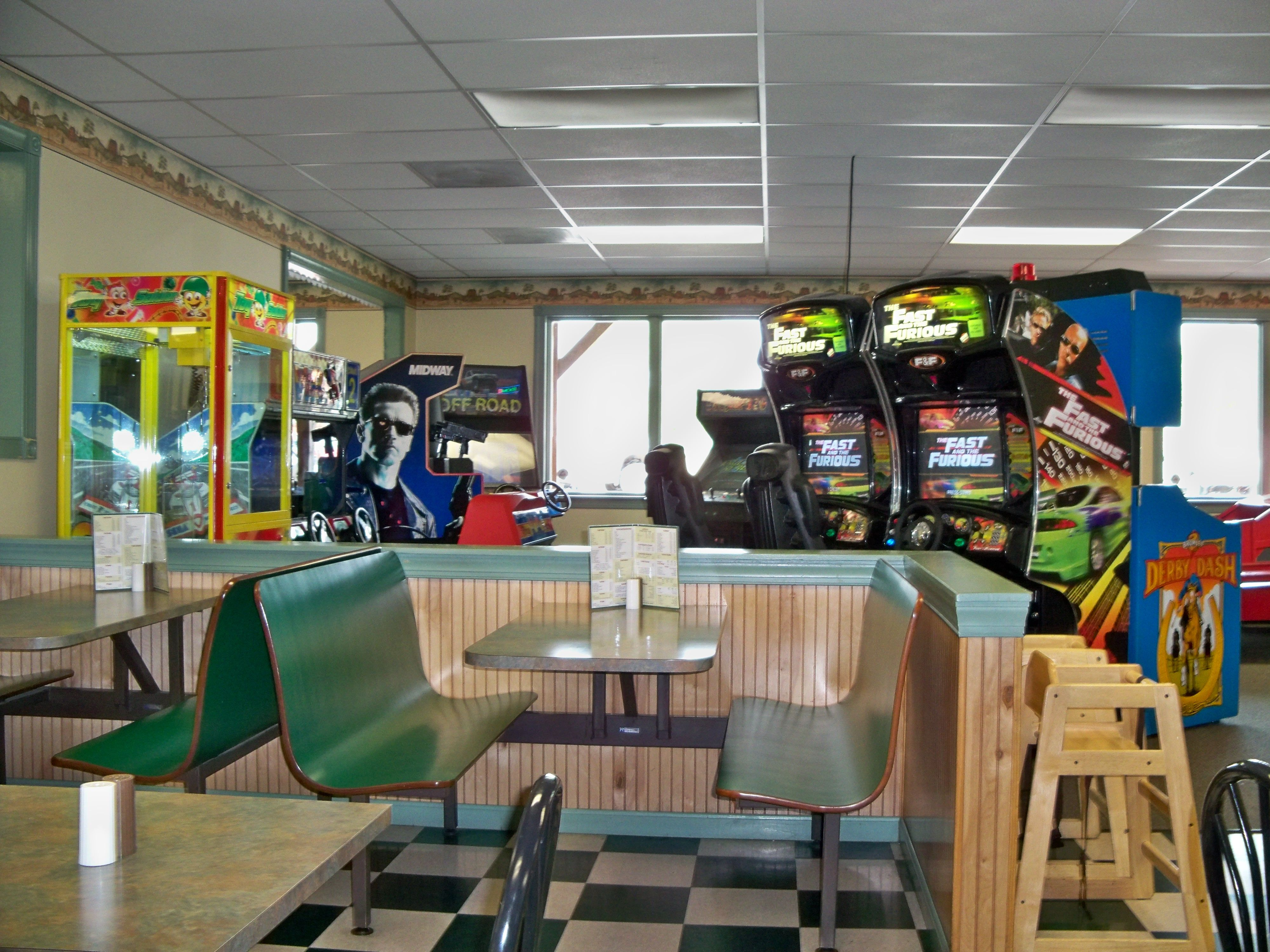 mikie's ice cream & gift shop game room - greencastle, pa