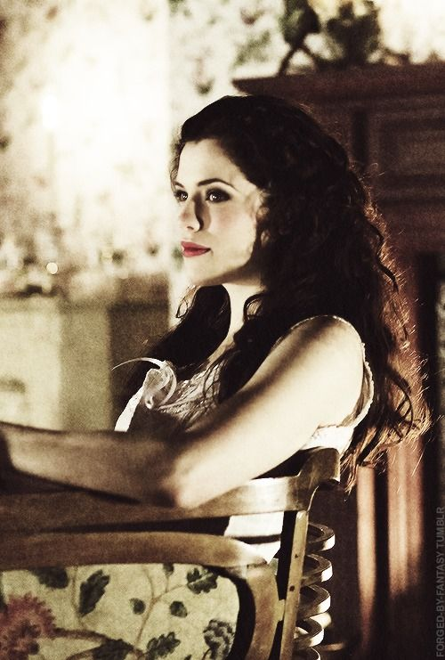 """Dracula   1.01 """"The Blood is the Life""""   Mina Murray"""
