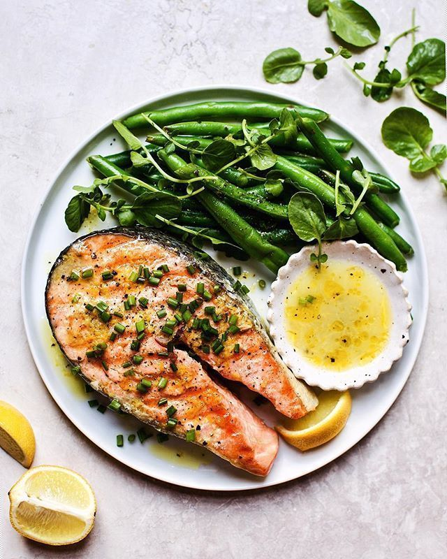 Seared Salmon Steak with Wasabi Lemon Vinaigrette and Steamed Haricot Verts - #lemon #salmon #seared #steak #steamed #vinaigrette #wasabi - #new #searedsalmonrecipes