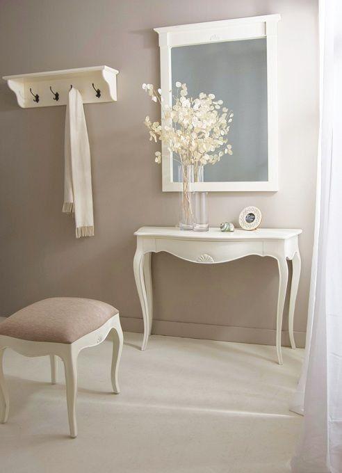 Muebles de entrada blancos for Cuadros plateados baratos