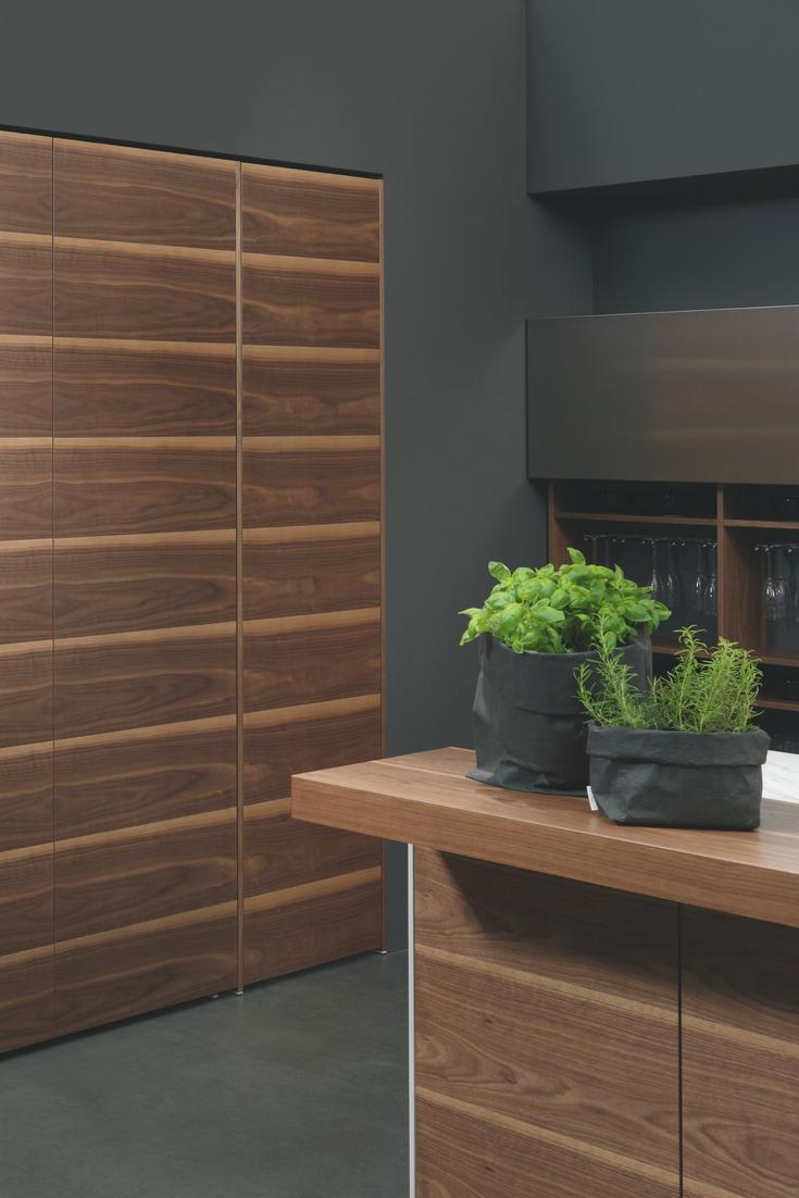 6 Einrichtungsideen und Küchenbilder für moderne Holz-Küchen ...