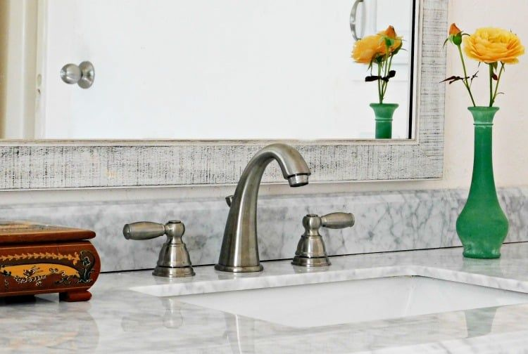 install a bathroom faucet. Remove and replace sink faucet ...