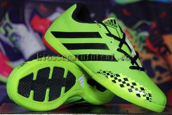 Pin Oleh Sepatu Futsal Di Sepatu Futsal Adidas Hitam Dan Sepatu